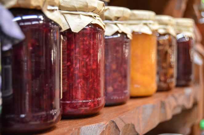 jam-preparations-jars-fruit-48817.jpeg